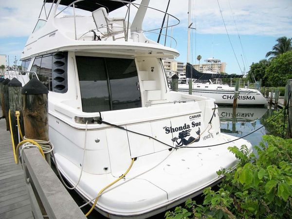 Used Carver 450 Voyager Pilothouse Boat For Sale