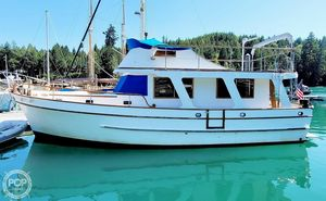 Used Marine Trader Europa 40 Trawler Boat For Sale