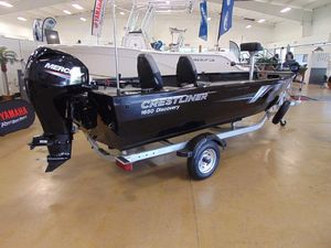 New Crestliner 1650 Discovery Tiller Antique and Classic Boat For Sale