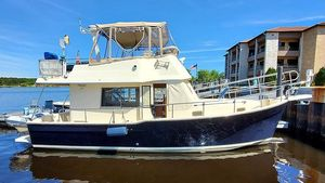 Used Mainship 34 Trawler Flybridge Boat For Sale