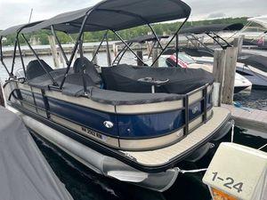 Used Barletta L25UC Pontoon Boat For Sale