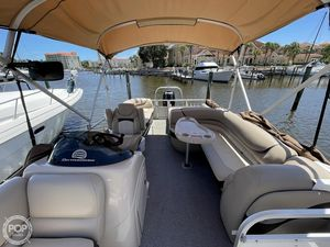 Used Sun Tracker 24 XP3 Pontoon Boat For Sale