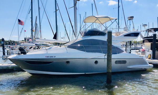 Used Azimut 38 Flybridge Motor Yacht For Sale
