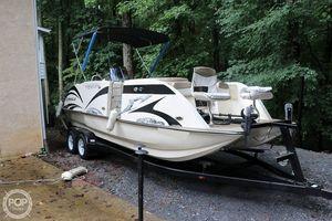 Used Caravelle 236 FSR Deck Boat For Sale