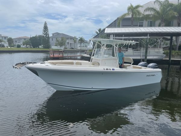 Used Sailfish 242 Center Console Boat For Sale