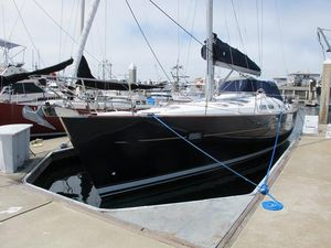 Used Beneteau Oceanis 423 Racer and Cruiser Sailboat For Sale