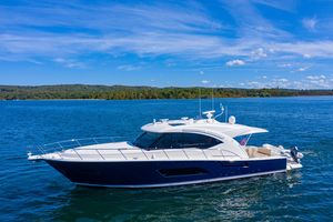 Used Riviera 565 SUV Motor Yacht For Sale