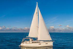 Used Beneteau Oceanis 38 Cruiser Boat For Sale