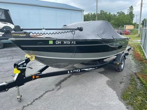 Used Lund 1775 Impact Freshwater Fishing Boat For Sale