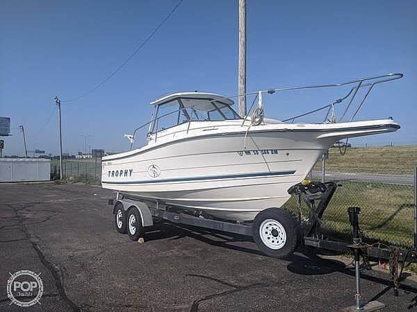 Used Bayliner Trophy 255 Walkaround Fishing Boat For Sale