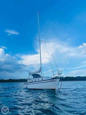 Used Hunter H33 Cherubini Sloop Sailboat For Sale