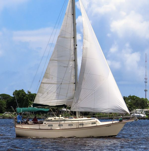 Used Island Packet 32 Sloop Sailboat For Sale