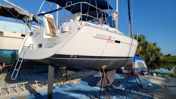 Used Beneteau 35 Sail Motorsailer Sailboat For Sale