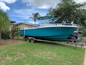 Used Edgewater 225 CC Center Console Fishing Boat For Sale