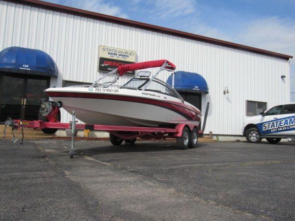 Used Malibu Response LXi Sports Fishing Boat For Sale