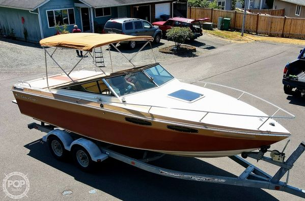 Used Chris-Craft 230 Scorpion Bowrider Boat For Sale
