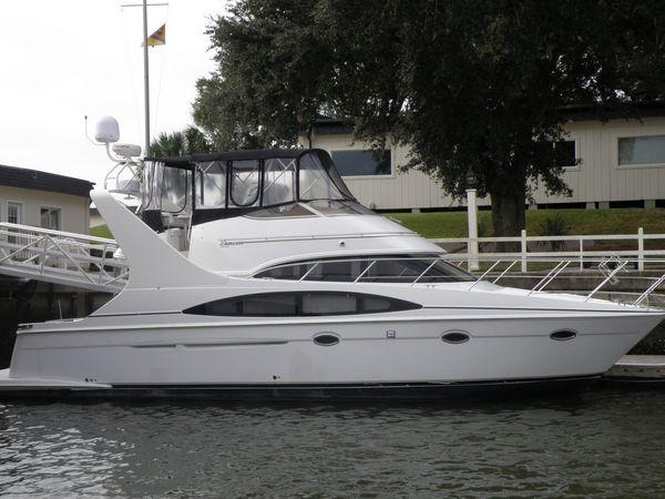 Used Carver 410 Sport Sedan Cruiser Boat For Sale