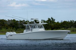 Used Invincible 42 Center Console Center Console Fishing Boat For Sale