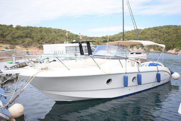 Used Sessa Marine Key Largo 28 Cruiser Boat For Sale