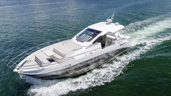 Used Azimut 40 Verve Cruiser Boat For Sale