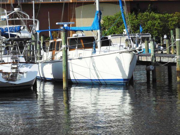 Used Gulfstar Motorsailer 44 Motorsailer Sailboat For Sale