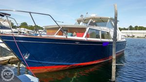 Used Chris-Craft Cavalier Futura Antique and Classic Boat For Sale