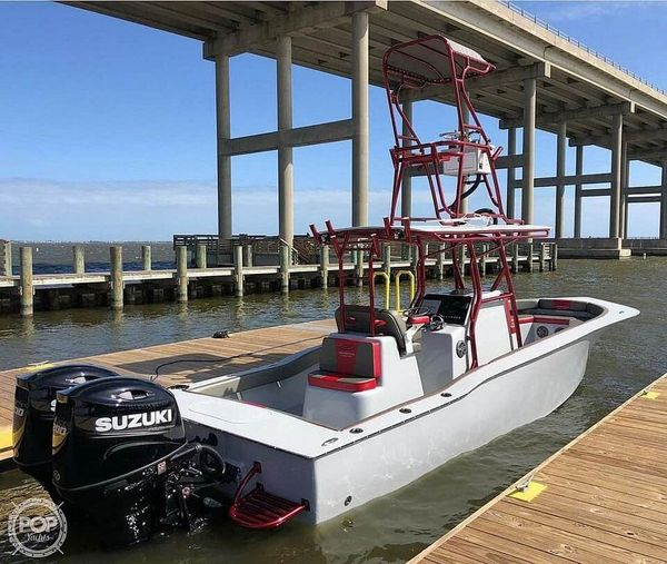 Used Valentino 28 Center Console Fishing Boat For Sale