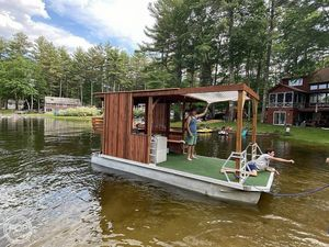 Used Custom Built 20 Pontoon Boat For Sale