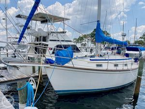 Used Island Packet IP31 Cutter Sailboat For Sale