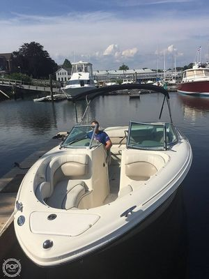 Used Sea Ray 220 BR Bowrider Boat For Sale