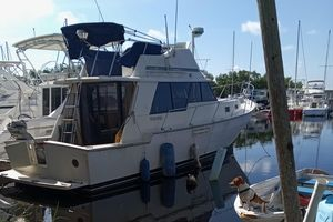 Used Mainship 34 III Cruiser Boat For Sale