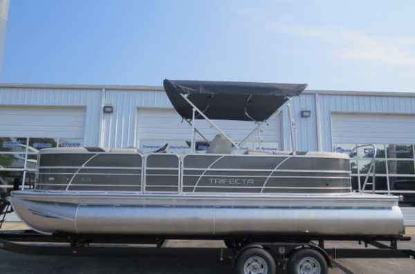 New Forest Rivers 24RFLE Sports Fishing Boat For Sale