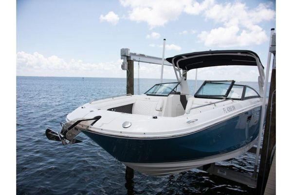 Used Sea Ray SDX 290 Outboard Sports Cruiser Boat For Sale