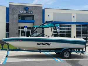 Used Malibu 21 VLX Ski and Wakeboard Boat For Sale