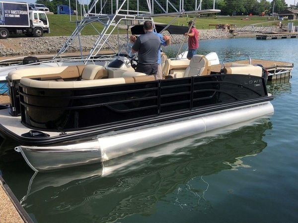 New Lowe SS 210 DH CL Pontoon Boat For Sale