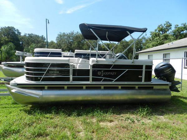 New Sweetwater 1886 CX Pontoon Boat For Sale