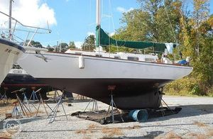 Used Luders Allied 33 Sloop Sailboat For Sale
