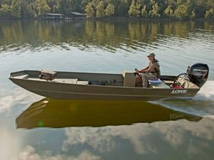 New Lowe L1852MT Aura Freshwater Fishing Boat For Sale