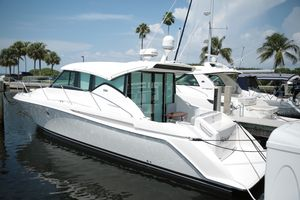 Used Tiara Yachts 39 Coupe Express Cruiser Boat For Sale