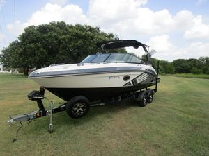 Used Chaparral 243 VRX Vortex Bowrider Boat For Sale