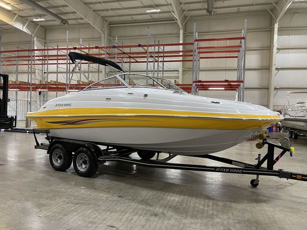 Used Four Winns F204 Deck Boat For Sale