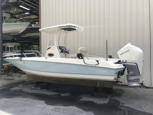 Used Boston Whaler 240 Dauntless Center Console Fishing Boat For Sale