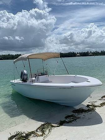 Used Sportsman 19 Island Reef Center Console Fishing Boat For Sale