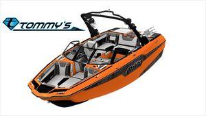 New Malibu Wakesetter M220 Ski and Wakeboard Boat For Sale
