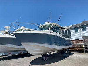 Used Boston Whaler 285 Conquest Walkaround Fishing Boat For Sale