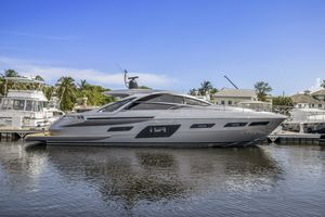 Used Pershing 7X Cruiser Boat For Sale