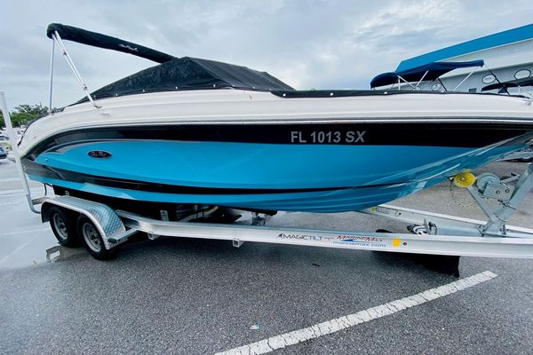 Used Sea Ray 23 SPX-OB Bowrider Boat For Sale