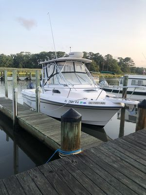 Used Grady White Gulfstream 232 Center Console Fishing Boat For Sale