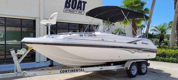 Used Hurricane 211 Fun Deck Boat For Sale