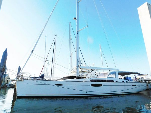 Used Beneteau Oceanis 60 Racer and Cruiser Sailboat For Sale